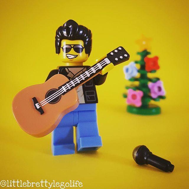 Cause I gotta have faith, faith, faith RIP George Michael. #lego #legominifigures #legostagram #instalego #legophotography #toystagram #toys #toyslagram_lego #vitruvianbrix #toyphotogallery #bricknetwork #brickcentral #afol #minifig #minifigures #legogram #lego_hub #legos #toygroup_alliance #toyartistry_lego #legolife #legophoto #legolife #legophoto #brickculture #brickpichub #rip #georgemichael #faith #sad