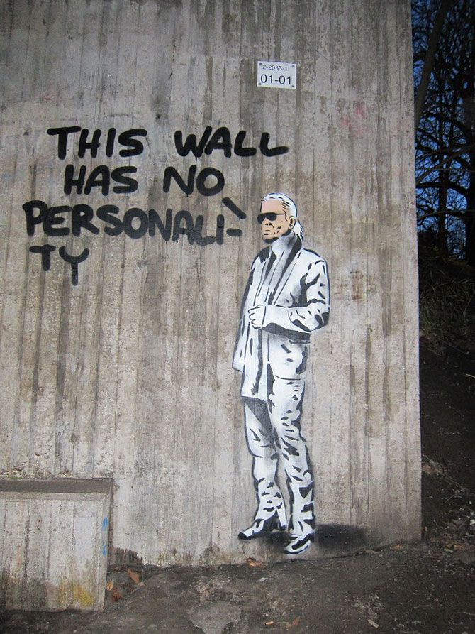street art this wall has no personality a wall in aspudden sweden art pinterest. Black Bedroom Furniture Sets. Home Design Ideas