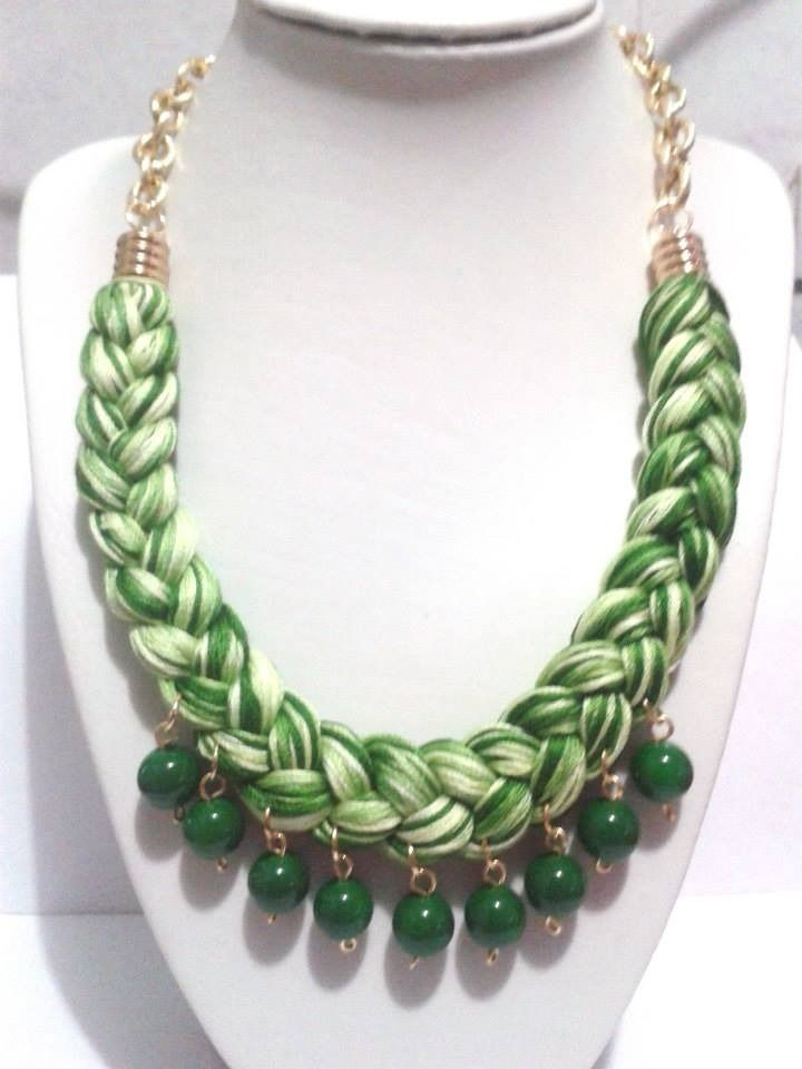 Collares De Tela Y Piedras Buscar Con Google African Beads Necklace Braid Jewelry Beaded Necklace Patterns