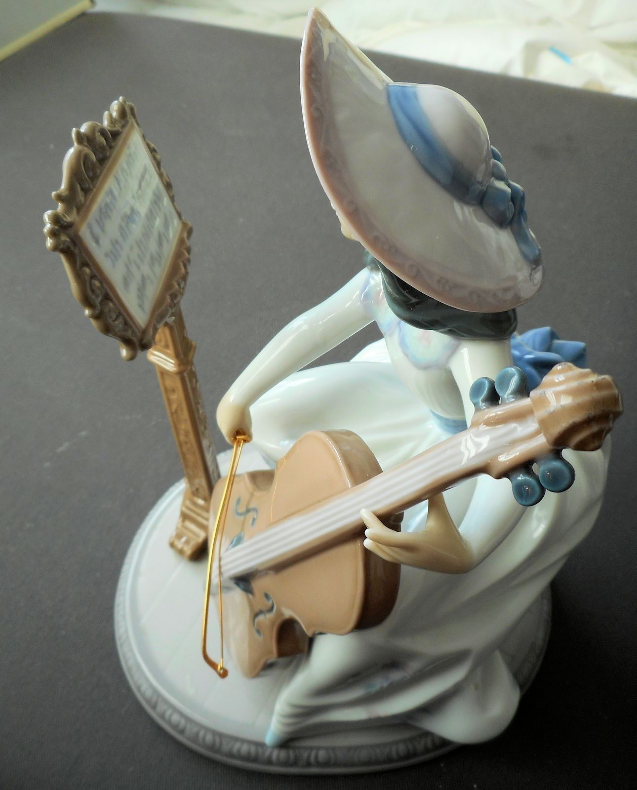 "LLADRO 6332 ""CONCERTO"" Girl Playing a Cello. Perfect in Original Box + Catalogue in Pottery, Porcelain & Glass, Porcelain/ China, Lladro/ Nao, Figures 