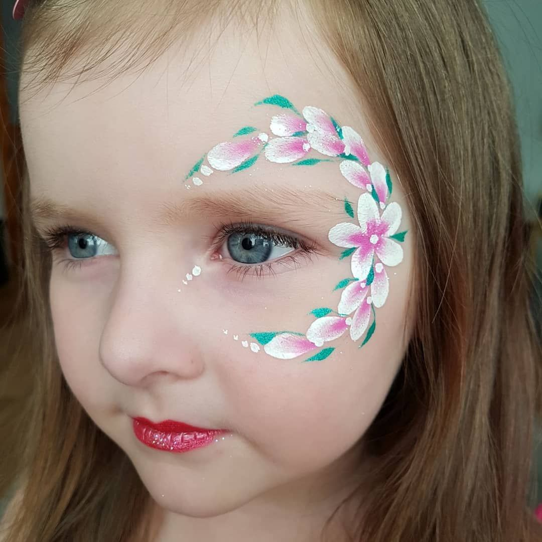 simple but beautiful flower facepaint facepainting