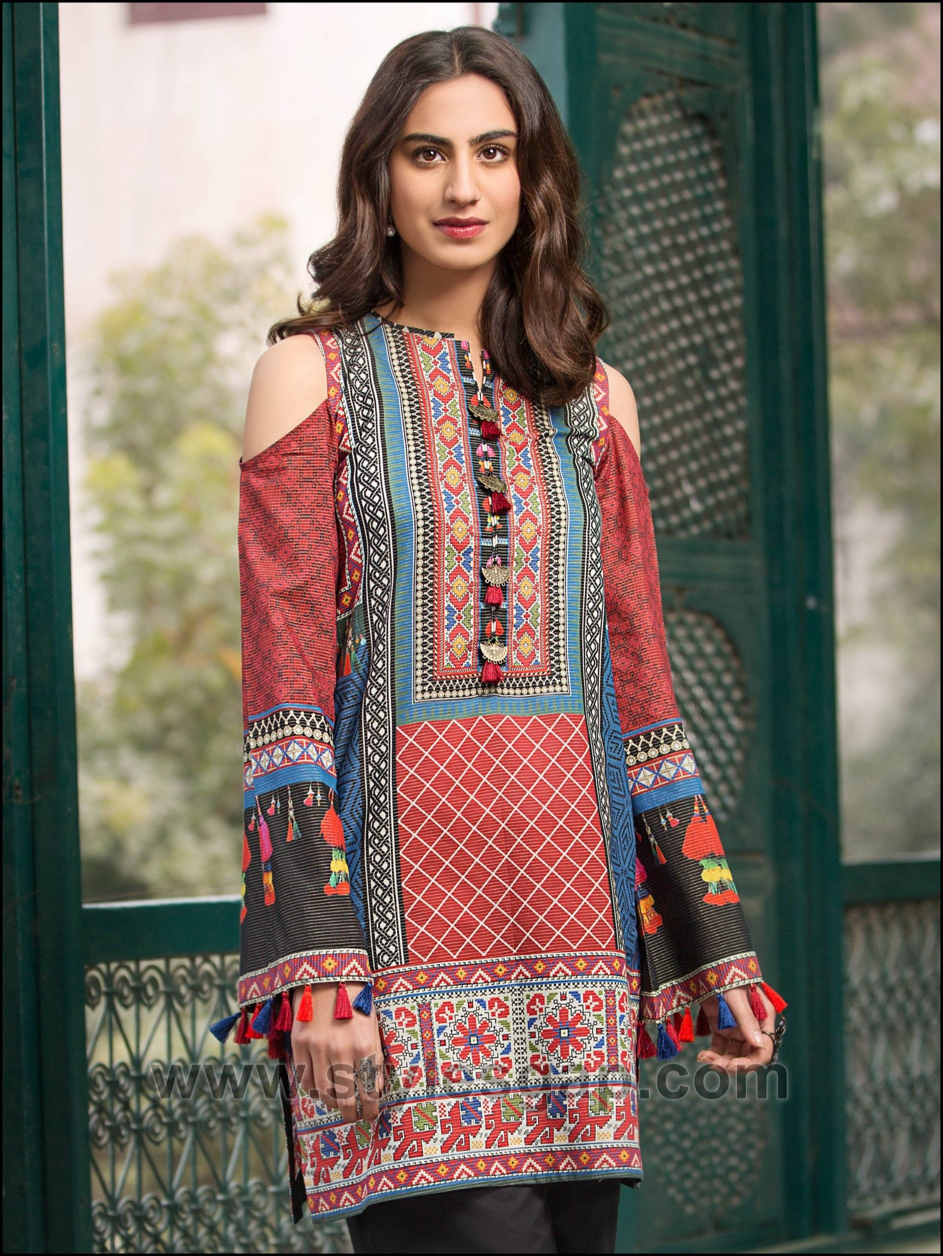 72b6981dcd8fb Summer Fashion Lawn Kurti Designs Trends Latest Collection 2018-2019