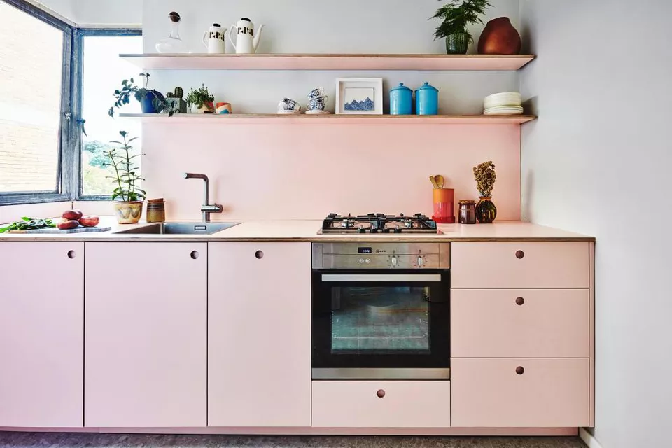 13 Pink Kitchens Brimming With Grown Up Style - Pink kitchen cabinets, Pink kitchen designs, Pink kitchen, Kitchen remodel small, Laminate kitchen cabinets, New kitchen cabinets - From cabinets to appliances, there are plenty of ways you can work hues of pink into your cooking space  Our favorite pink kitchens show you how