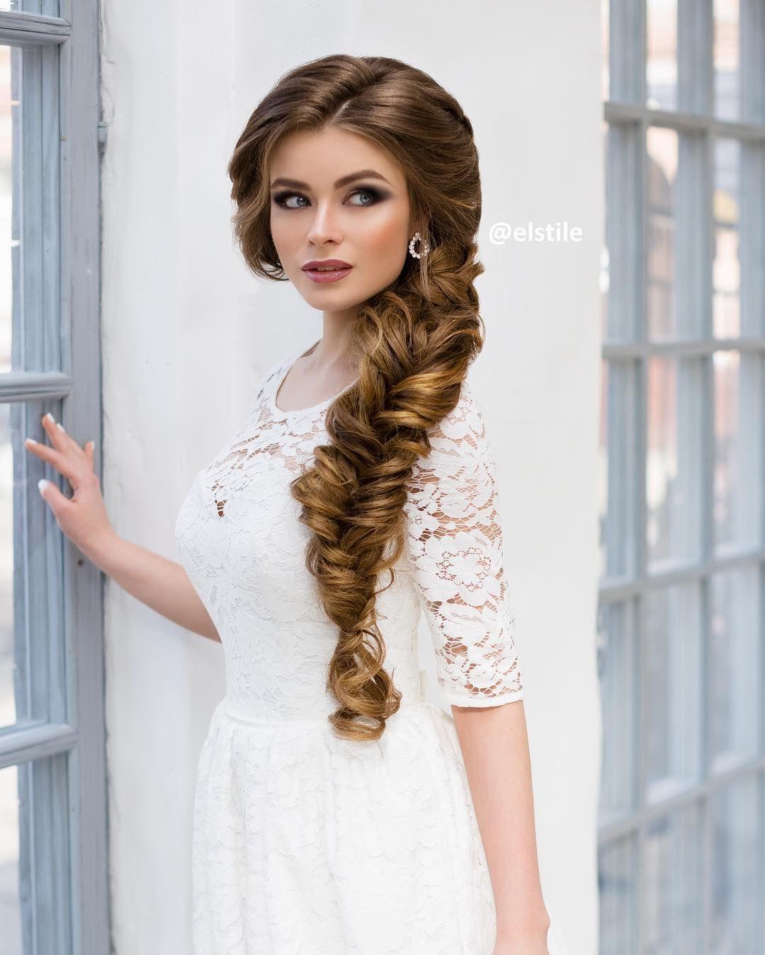 ELSTILE Fishtail wedding hairstyle - Deer Pearl Flowers / http://www.deerpearlflowers.com/wedding-hairstyle-inspiration/elstile-fishtail-wedding-hairstyle/