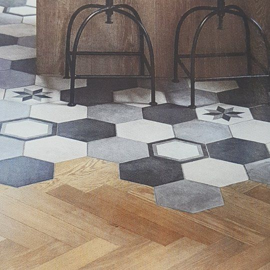 Saw This Gorgeous Blend Of Hexagon Tiles And Wooden Floorboards In The Kitchen Bathroom Bedroom Magazine Such A Great Wooden Floorboards Wood Tile Floorboards