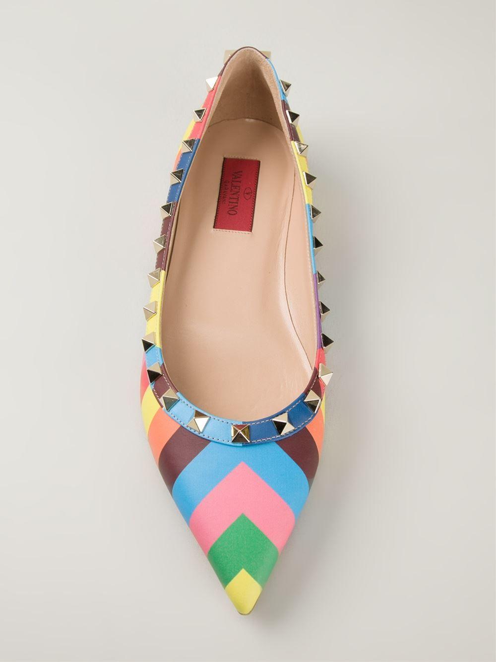 6734cb5b9 As melhores marcas da moda feminina para comprar online. Roupas de marca,  sapatos importados, bolsas originais da moda mundial em 12x.