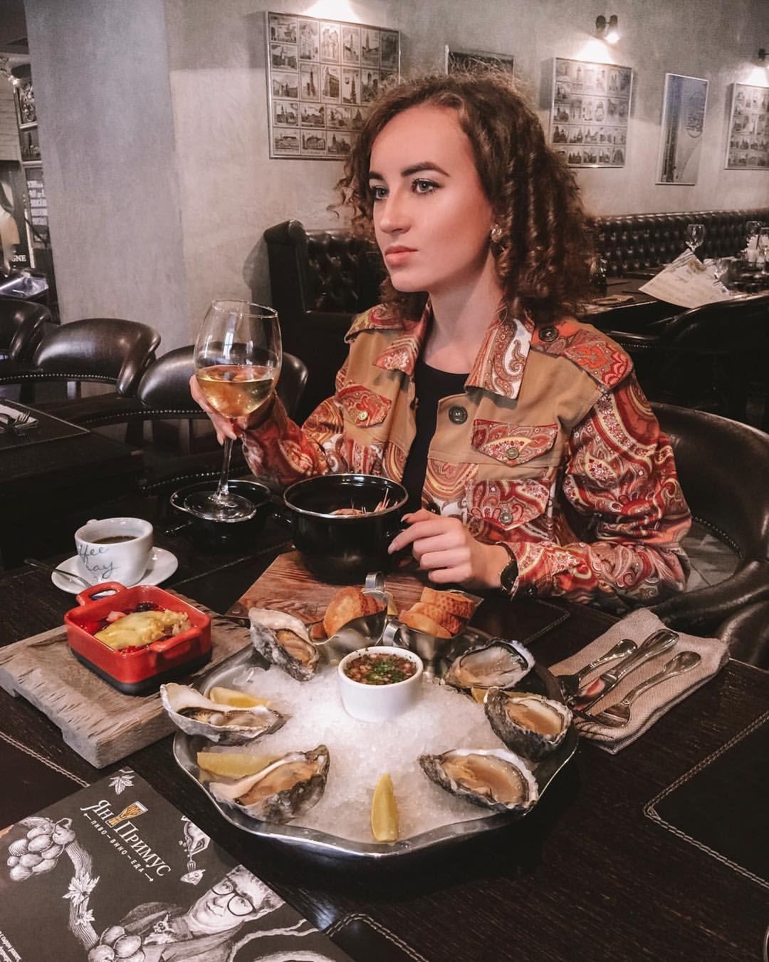 76a743c5cd67 YANA в Instagram  «Любите сыр  Мы с  firsov.photo буквально пару ...