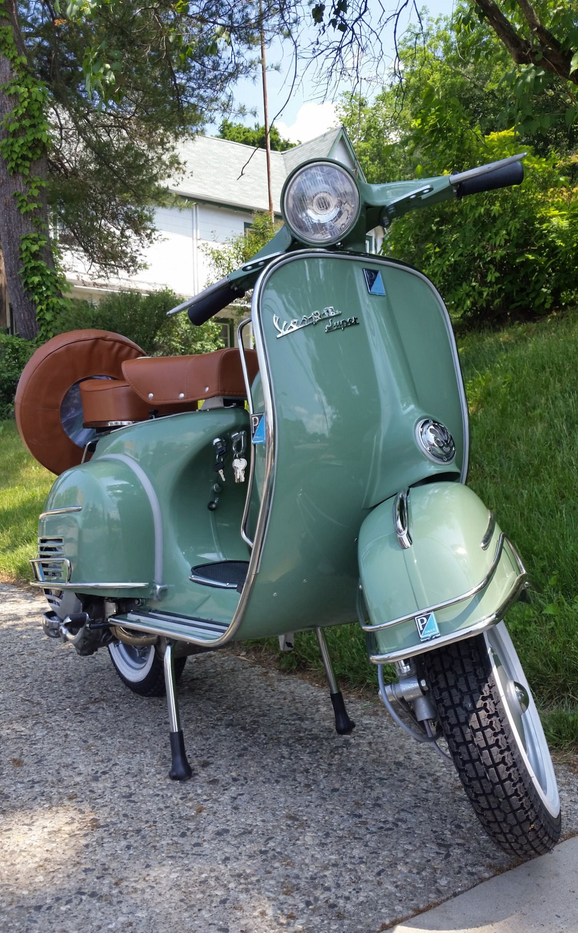 vintage vespa scooter with sidecar sale. Black Bedroom Furniture Sets. Home Design Ideas
