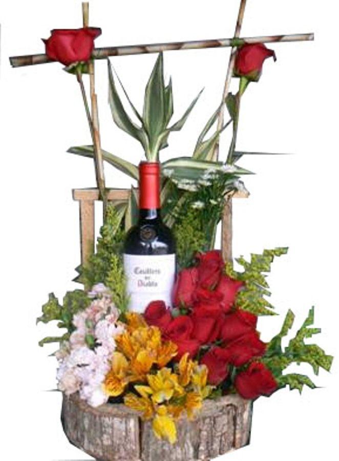 Resultado de imagen para arreglos florales con botellas de vino