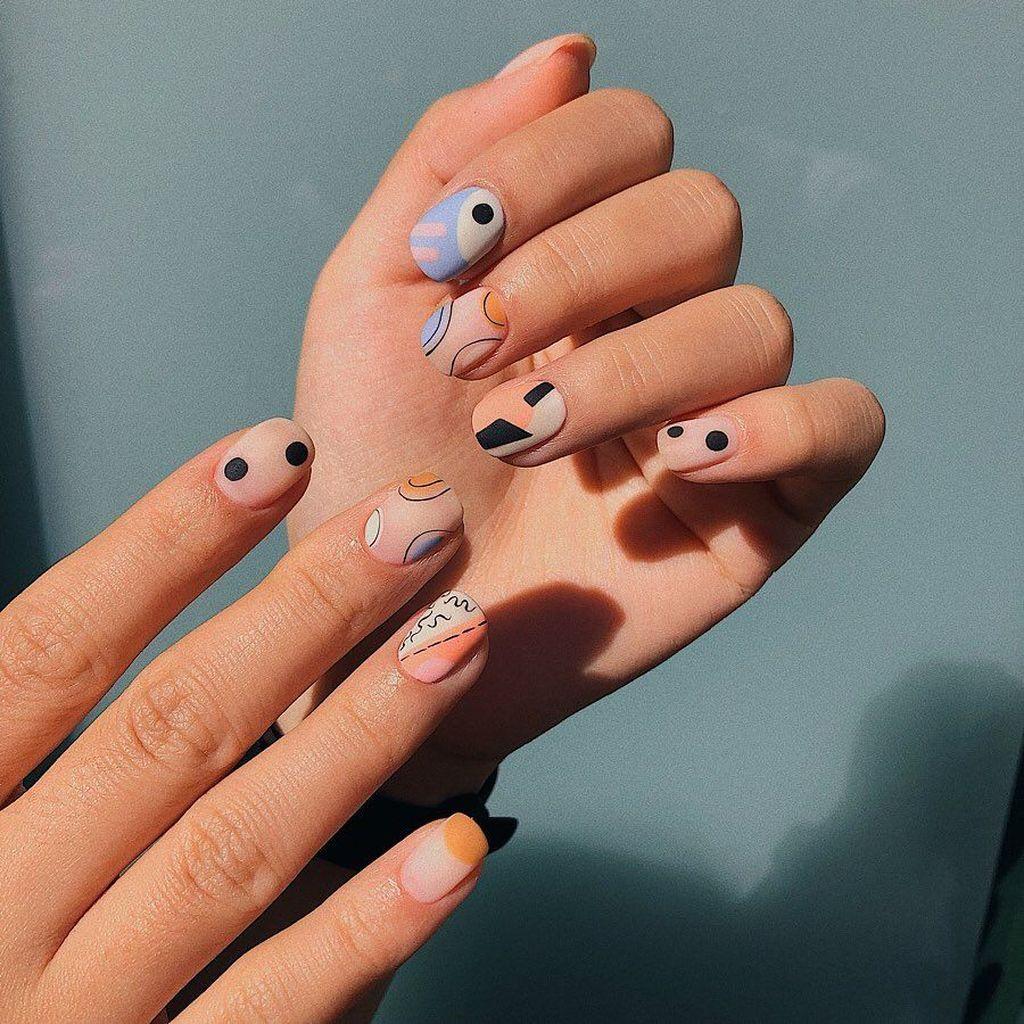 35 Splendid Abstract Nail Art Ideas Modern Nails Manicure