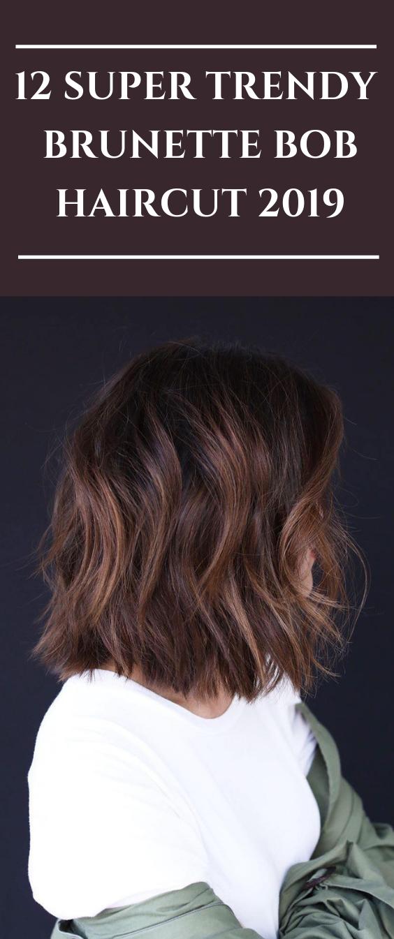 Brunett Frisur Frisuren Haarfarbe Haarschnitt Brunett Frisur Frisuren Haarfarbe Haarschnit In 2020 Bob Hairstyles Brunette Brunette Bob Haircut Bob Hairstyles