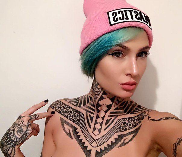 Тату-модель Tessa Lizz #tattoo #girls #moetatu