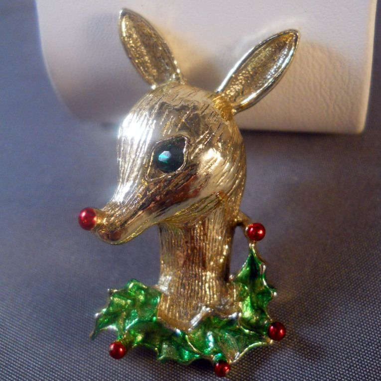 vintage gerry s christmas reindeer pin figural book piece