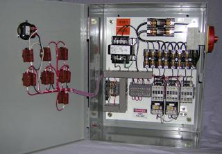 rangkaian kontrol motor listrik 3 fasa hidup mati bergantian secara rh pinterest com au Box Panel Listrik Gardu Listrik