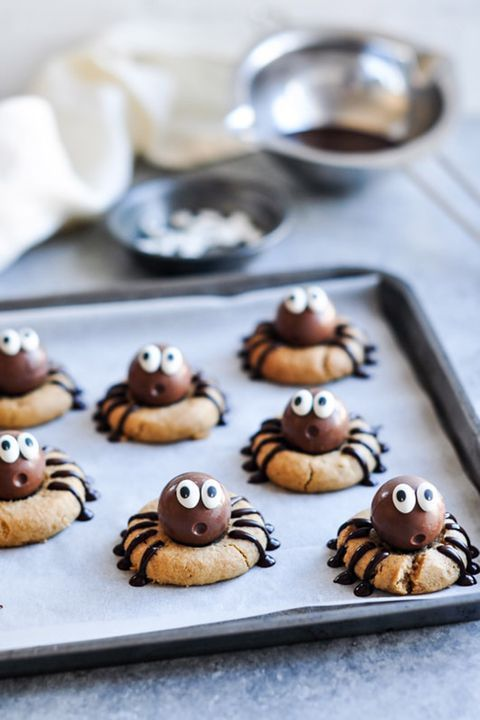 30+ Halloween Cookies for a Wickedly Delicious Treat Halloween