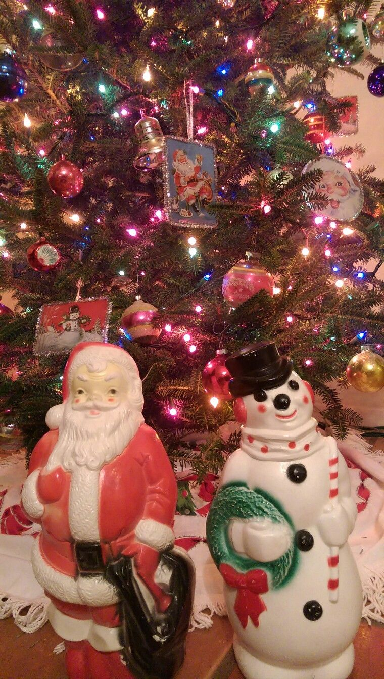 vintage blow mold santa and snowman new additions to my vintage christmas collection
