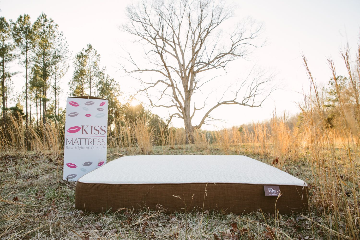 All Natural Mattress bringing the outdoors in. Kiss Mattress the Best Night of Your Life.