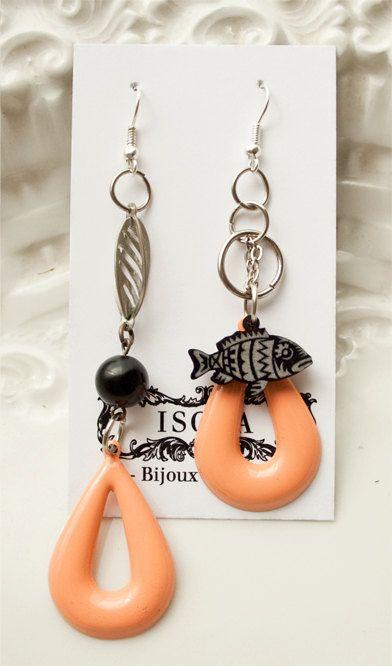 Pescado Earrings - Artist serie. $29,00, via Etsy.