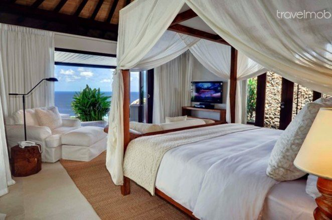 Villa-inspired living - complete with a romantic and breathtaking seaview. #seaview #love #couple #romantic #getaway #honeymoon