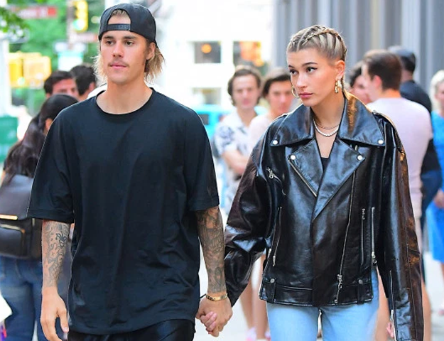 PHOTO: PAGE SIX  Justin bieber, Outfits with leggings, Fall