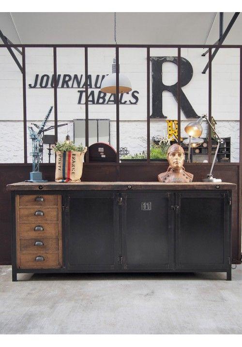 enfilade industrielle metal et bois d co brocante enfilade industrielle mobilier de salon. Black Bedroom Furniture Sets. Home Design Ideas