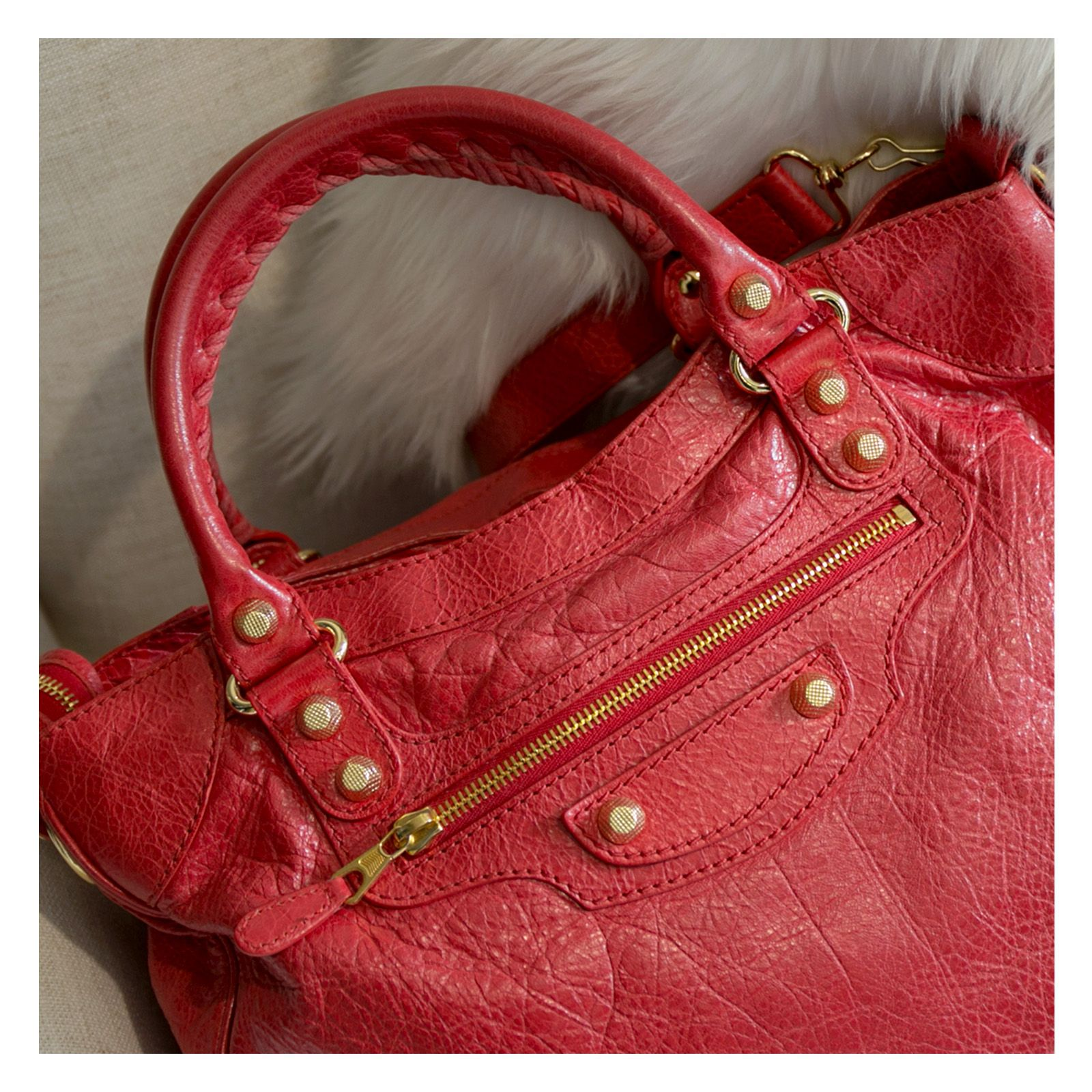 BALENCIAGARed Leather Giant Hardware City Bag Online
