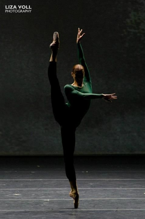 Ekaterina Kondaurova in Forsythe's 'In the Middle, Somewhat Elevated'. Photo by Liza Voll Photography.