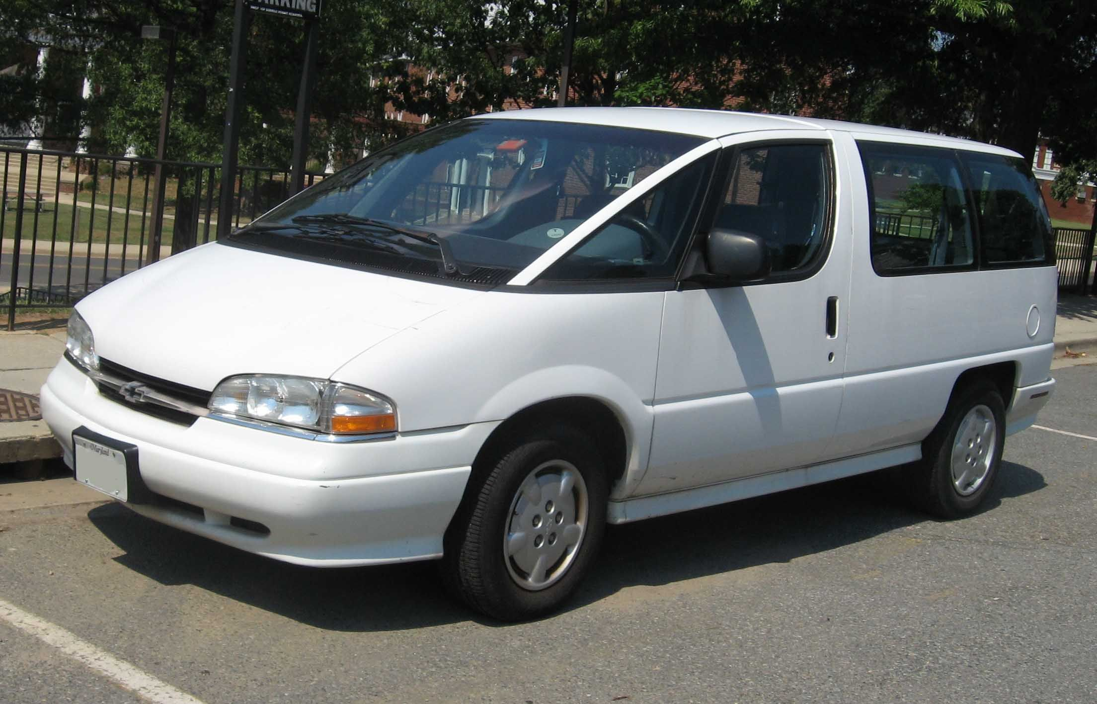 This Was After They Refreshed The Nose Of The Vans Chevrolet Lumina Chevrolet Mini Van
