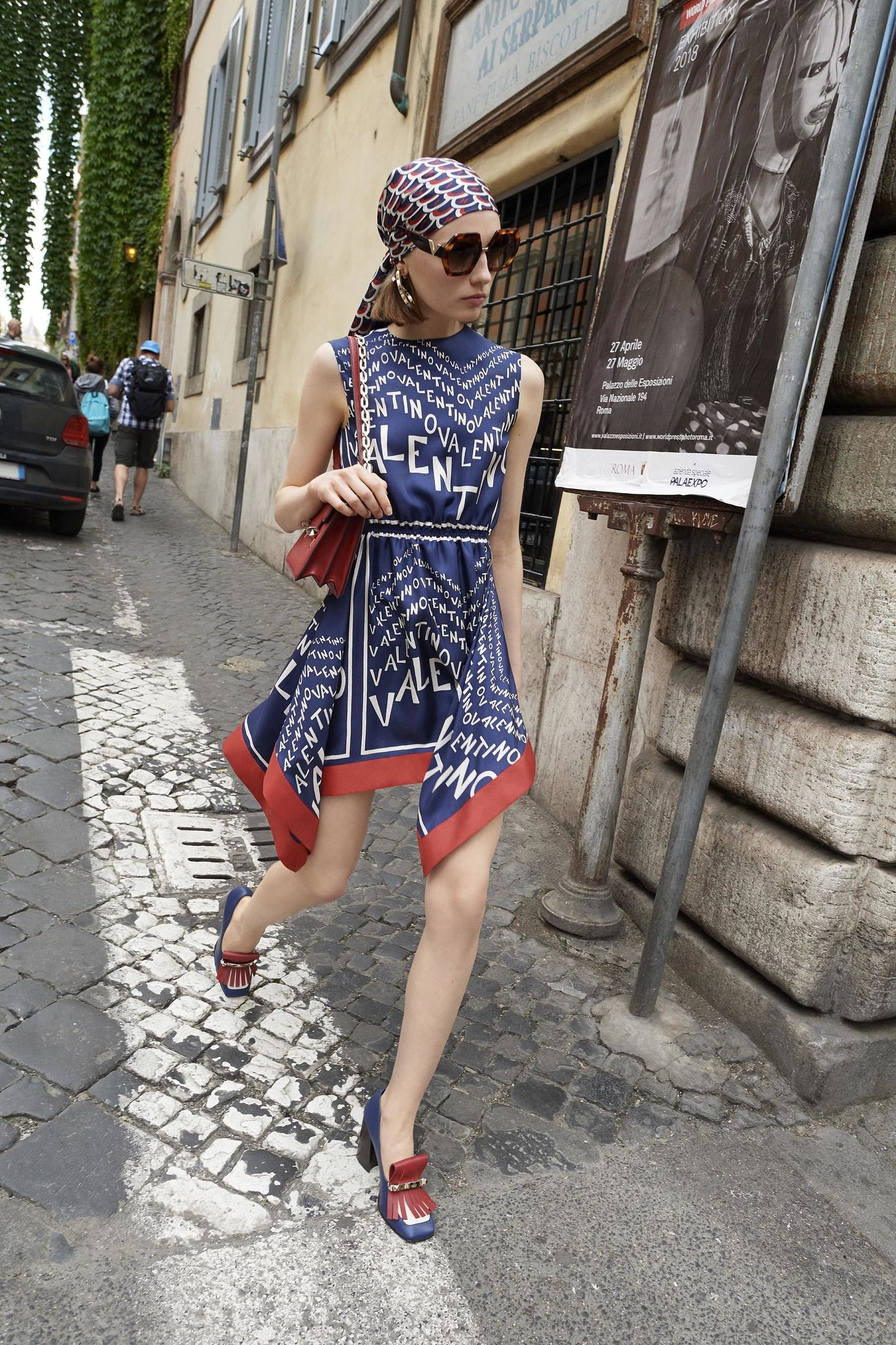 Watch Valentino Will Get you Noticed, Plus Other Lessons From My Day as a Street StyleStar video