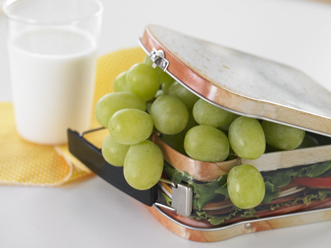 Tantalizing Grapes from California can satisfy your need to nosh without the added fat, salt or sugar of many processed snacks.
