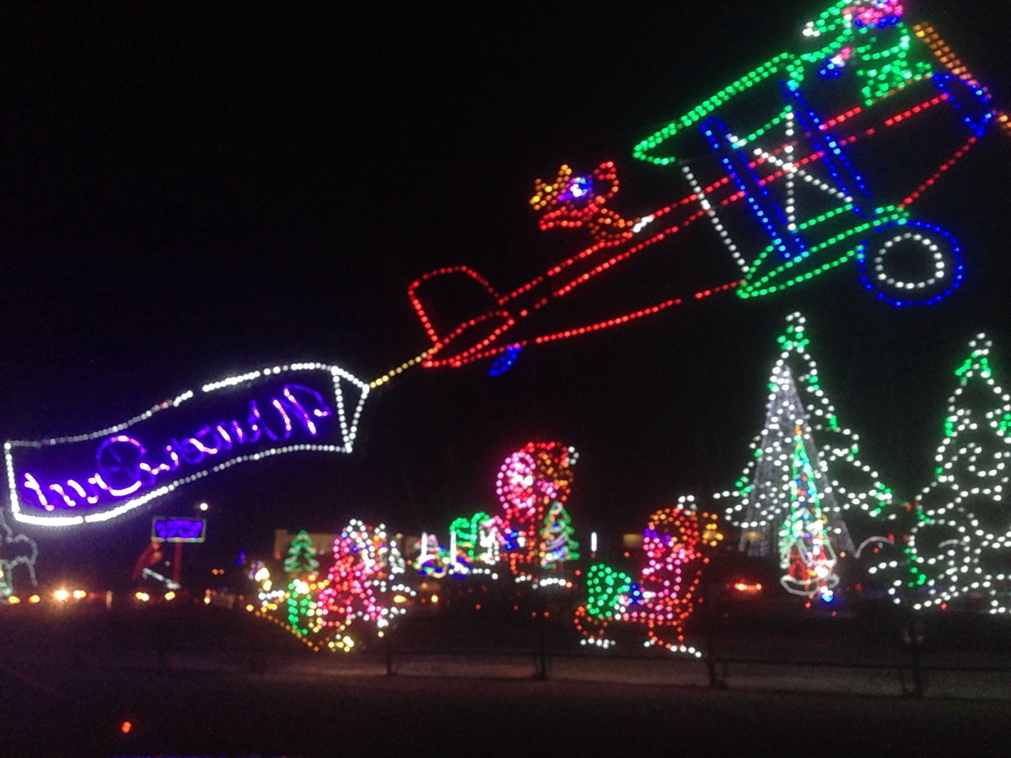 shadracks christmas wonderland smokies baseball stadium sevierville tn awesome christmas light displays