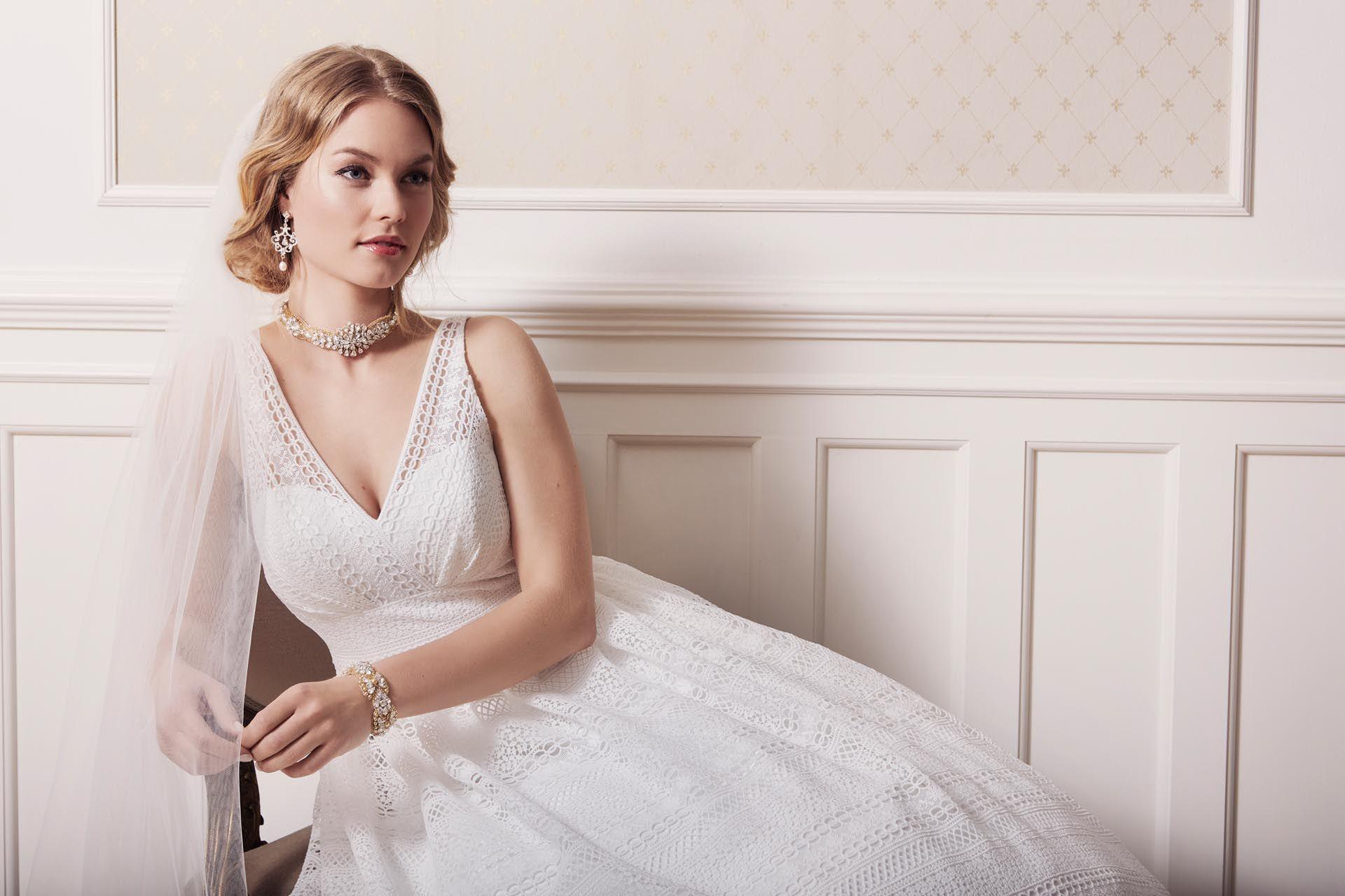 Die Kollektionen 15 von Lilly: Brautkleider für jeden Stil