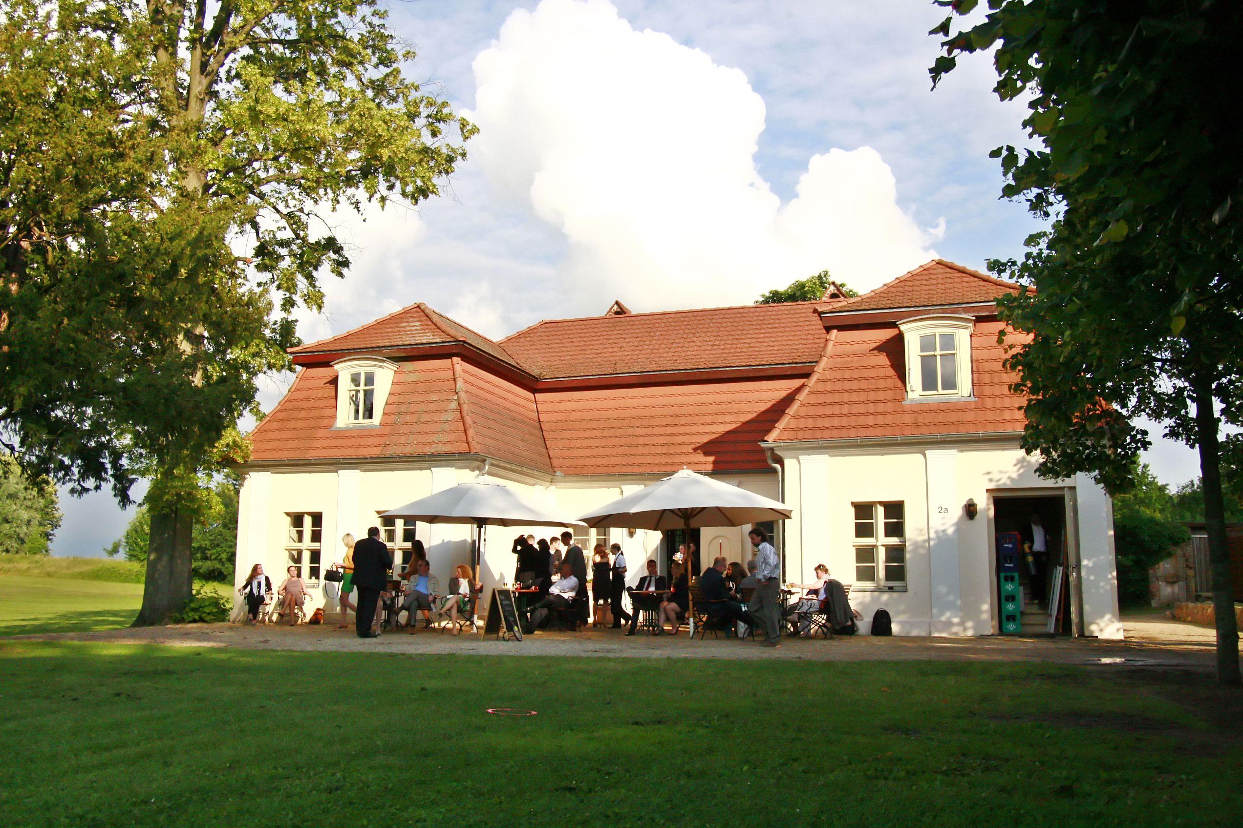 Lindenhaus im Schloss und Gut Liebenberg  DJ Oberhavel