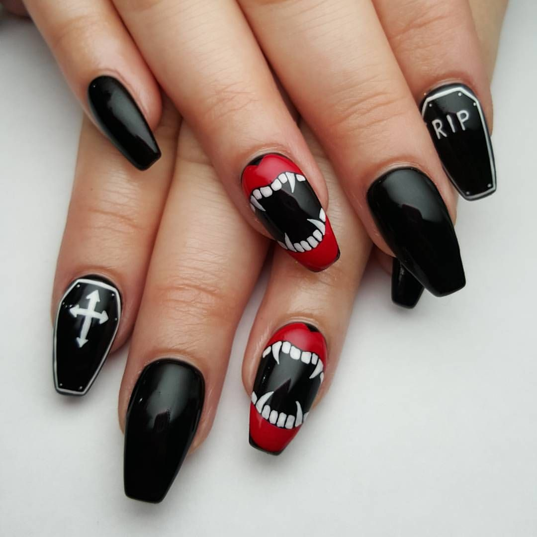 Pin by Amanda McQueen on Pretty | Halloween nail designs ...