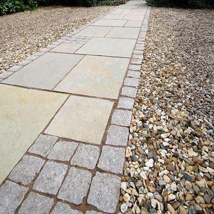 Naturkalksteinpflaster Aus Bradstone In Azure Einfach Einbauen Bradstone Granite Natural Pavement Design In 2020 Natural Granite Sandstone Paving Granite Paving