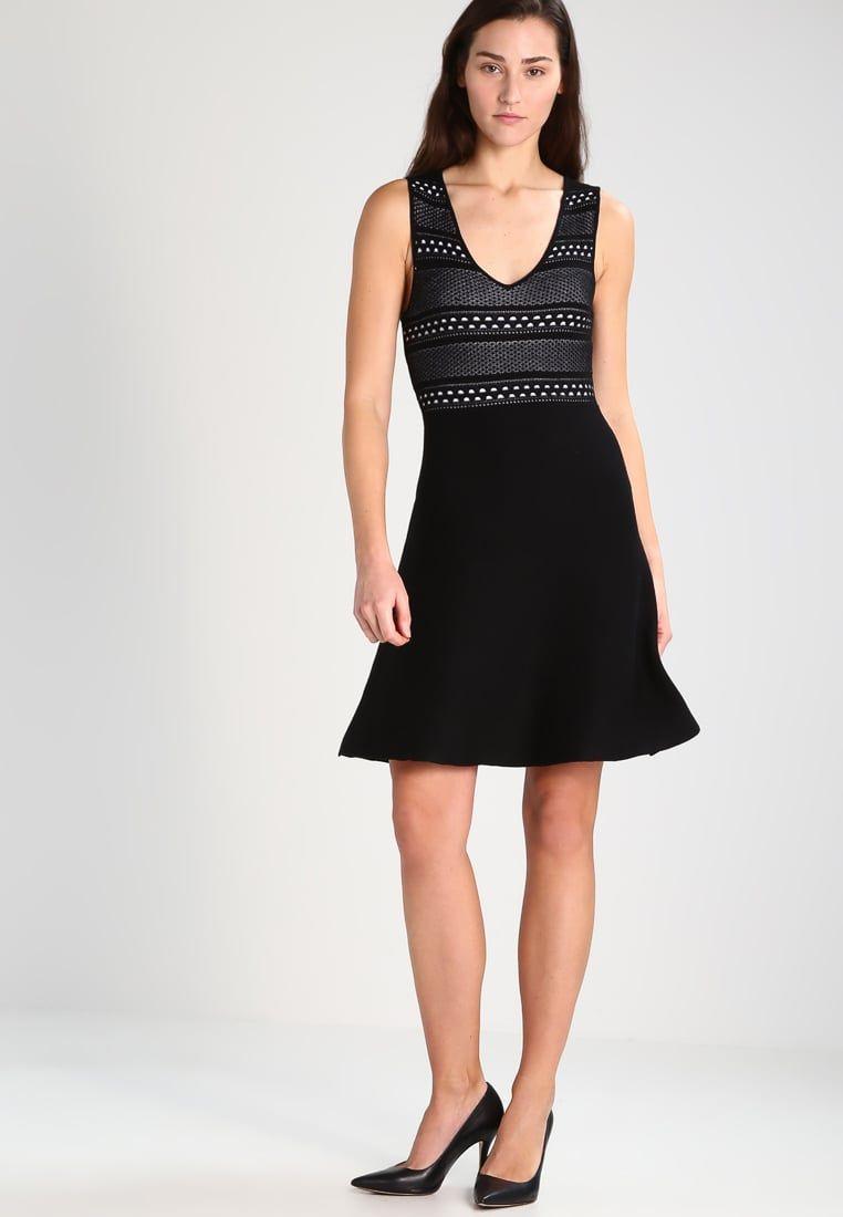 99b4ab03d ¡Consigue este tipo de vestido de punto de Bcbgeneration ahora! Haz clic  para ver