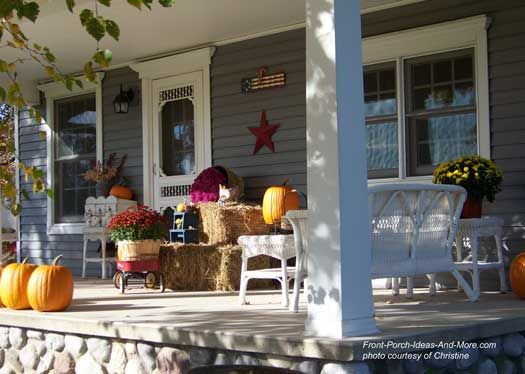 Fun Fall Decorating Ideas For Your Front Porch Porch Decorating Easy Fall Decor Front Porch Decorating
