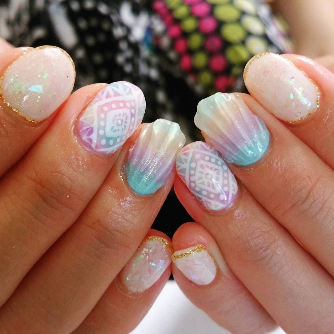 Mermaid Shell Nails The Latest Nail Art Trend Making Waves Wave Nails Nail Art Latest Nail Art