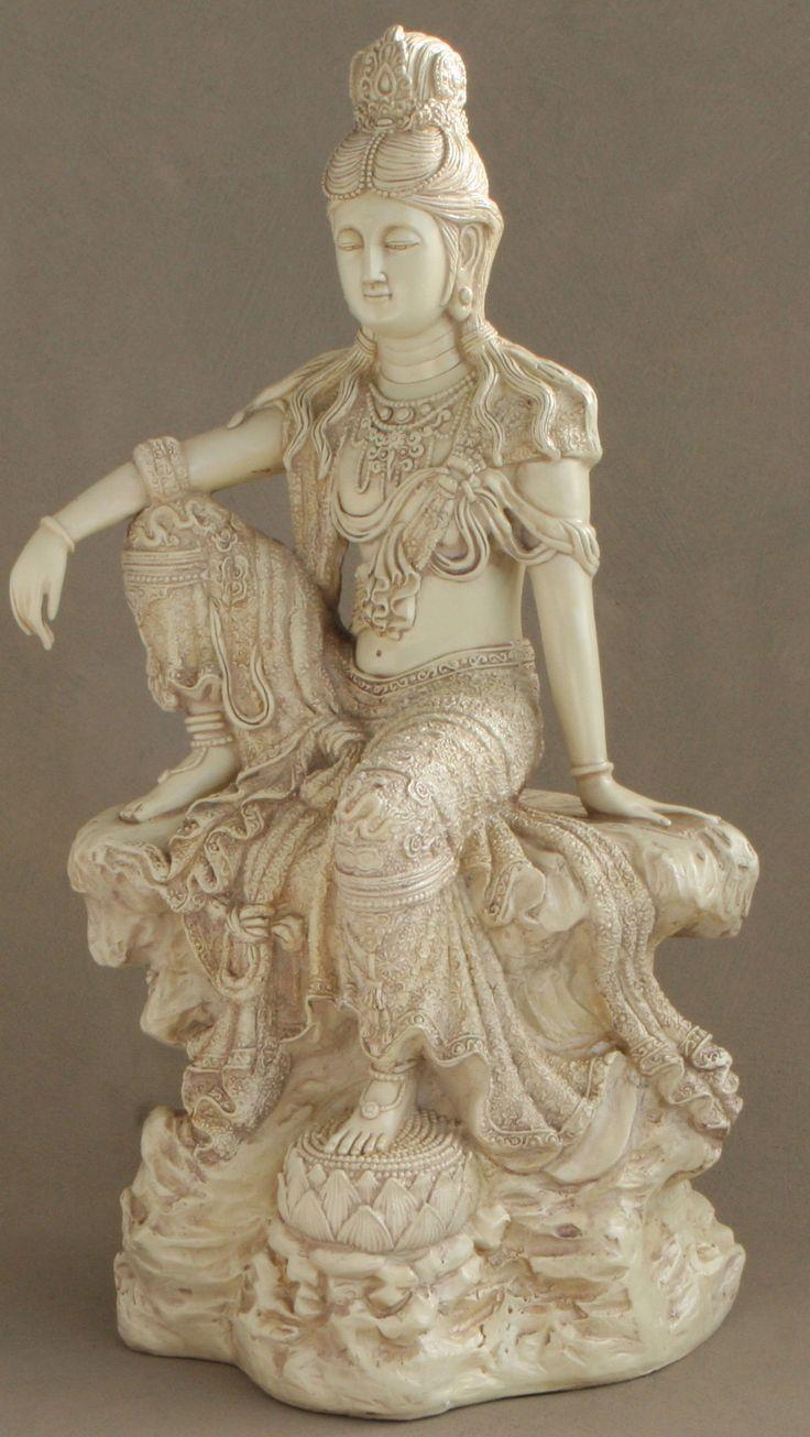 Buddha Statues For The Garden: Relaxed Kuan Yin Garden Statue In Stone Finish, 18.5