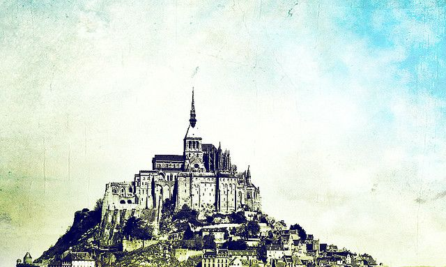 castle top mountain. I think this looks like Mount Saint Michel