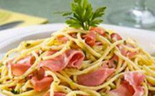 Espaguete a Carbonara com Mortadela