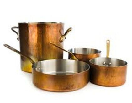 Colores específicos (IV) y Luces y sombras (V)   El color de los metales (I) is part of Copper Home Accessories Dream Kitchens - En esta locura que nos ha dado por determinados colores (traicionando nuestros propios principios) vamos a afrontar el tema de los metales  Atenderemos de nuevo a la maestra Helen Van Wyk e incluir…