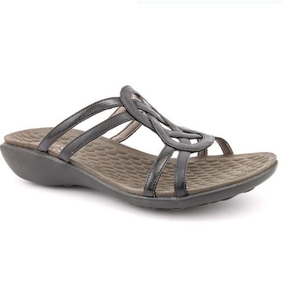 49e296136df7 Clarks Privo comfort sandal They re in amazing condition