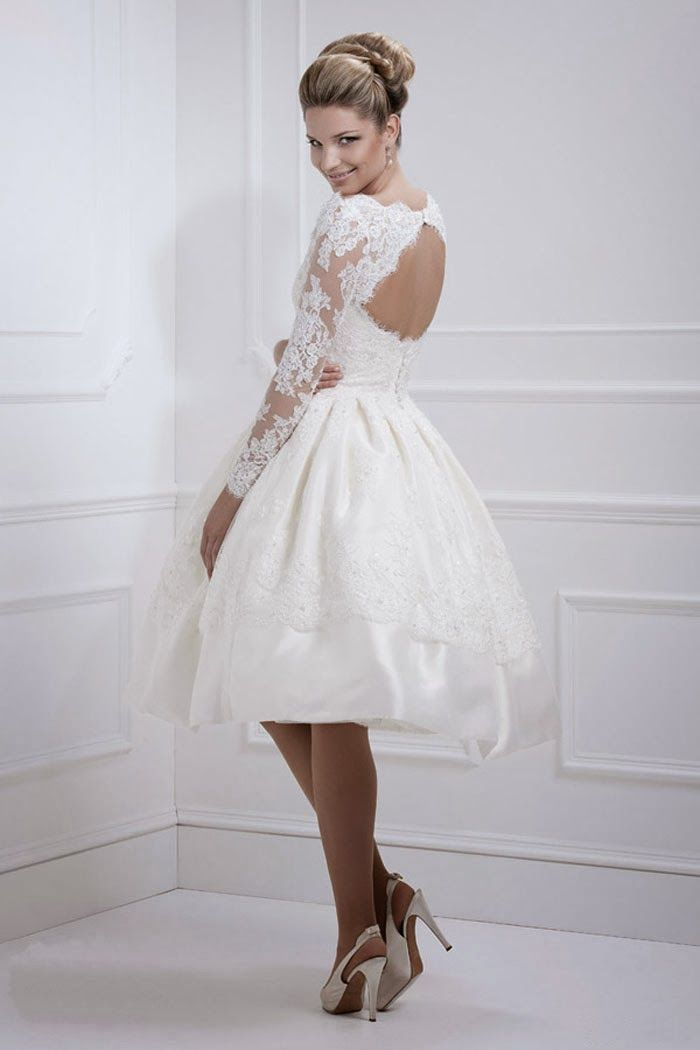 Best Short Lace Wedding Dress with Long Sleeves