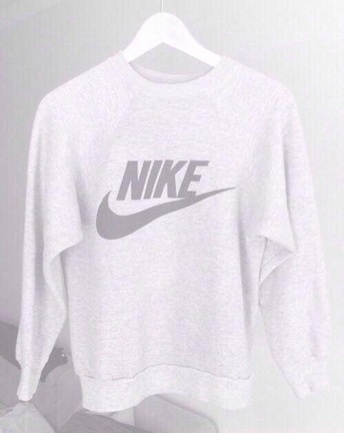 Nike vintage 80s sweater | Outfits | Ropa nike, Marca de ...