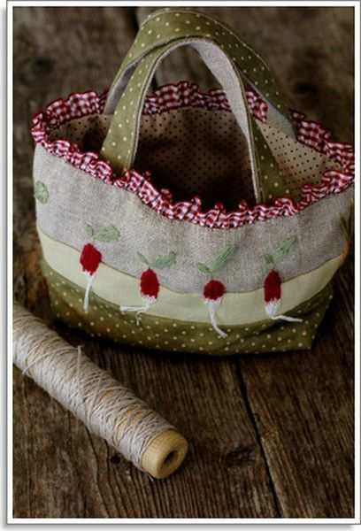 panier et pochette jardinier pois de senteur sacs pinterest pochette couture sac et sac. Black Bedroom Furniture Sets. Home Design Ideas