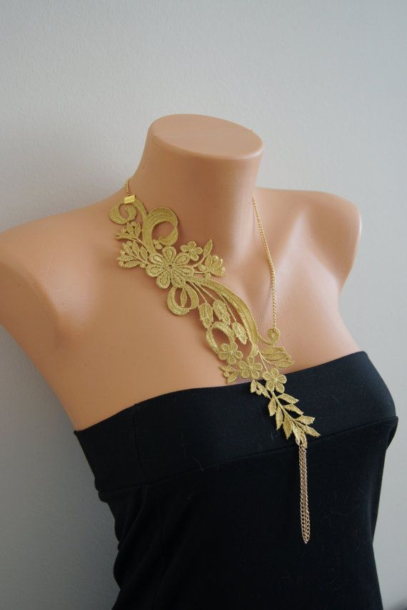 Flower - gold Necklace, Lace Necklace/ Statement Necklace/ White ...