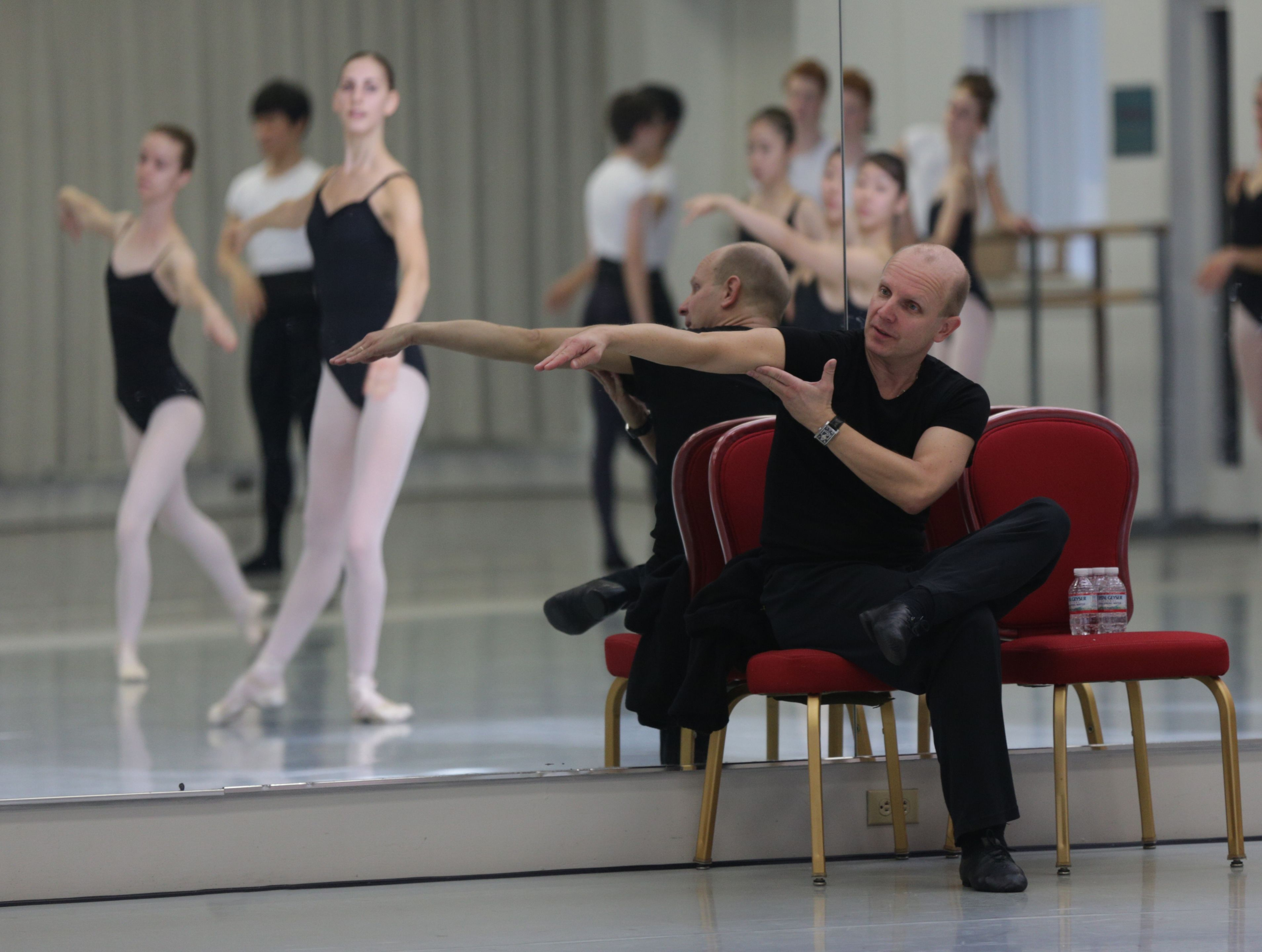 Yuri Fateev, Deputy Director of the Ballet Company of the Mariinsky Theatre and Ballet Master, conducting a master class for Kirov Academy Ballet's students. (Director's Choice Series, October 2012). Photo by Paolo Galli