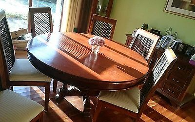Gorgeous Round Dining Table and 6 Wrought Iron Chairs