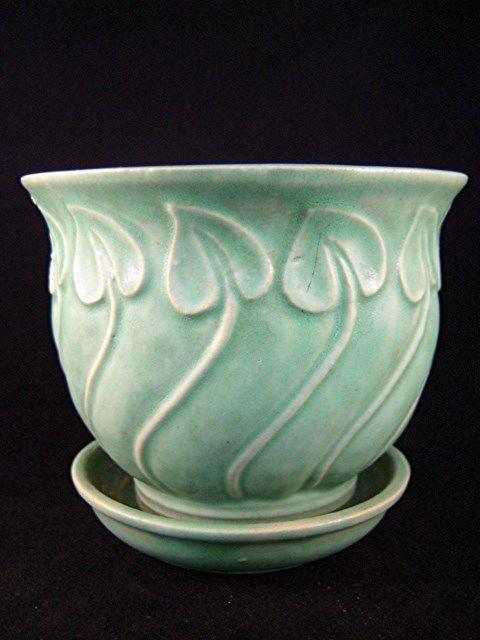 Matte Green Brush Spade Leaf Flower Pot Planter Very Rare Vintage Flower Pots Green Pottery Flower Pots